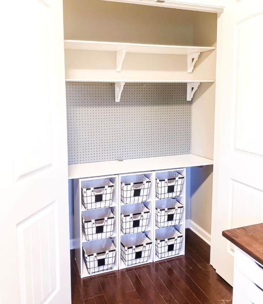 basket-and-boxes-organization-ideas-thesassyfarmhouse-3286030