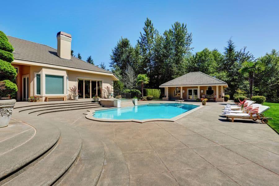 classic-pool-house-pool-house-ideas-2-6127579