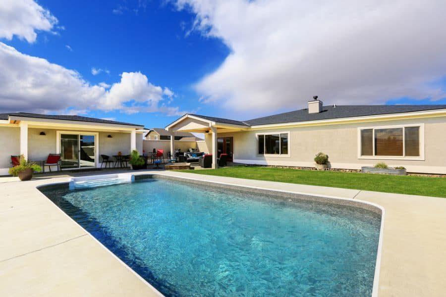classic-pool-house-pool-house-ideas-3-6597588