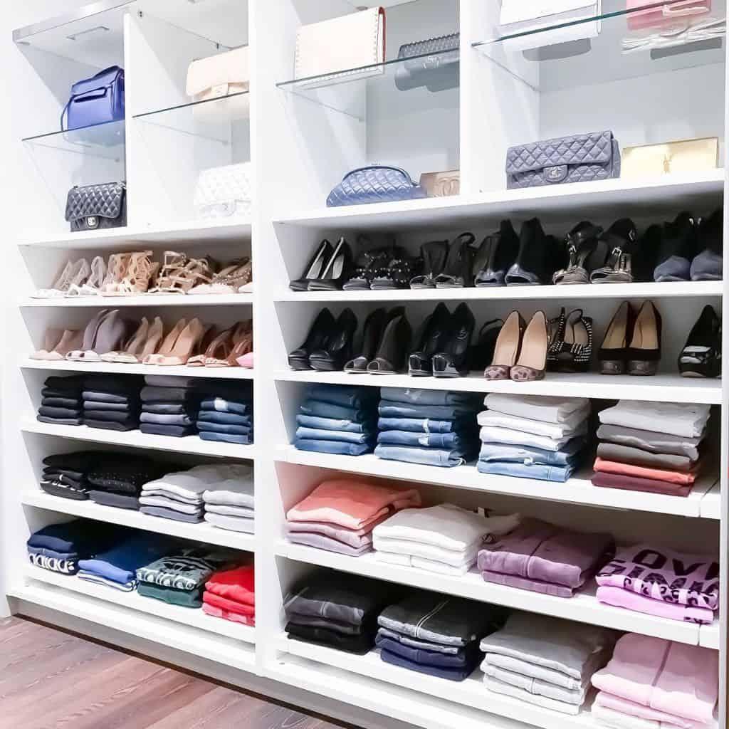 closet-shelf-organization-organization-ideas-theprojectneat-4909668