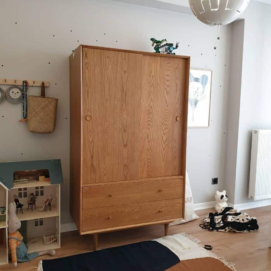 kids-room-cabinet-ideas-childishreallife-3254694