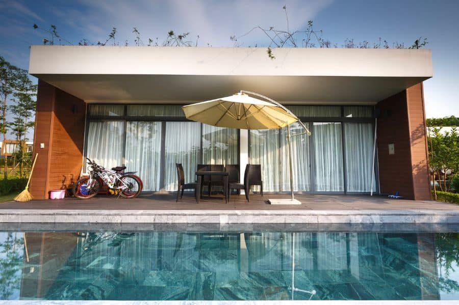 modern-pool-house-pool-house-ideas-2-7054228