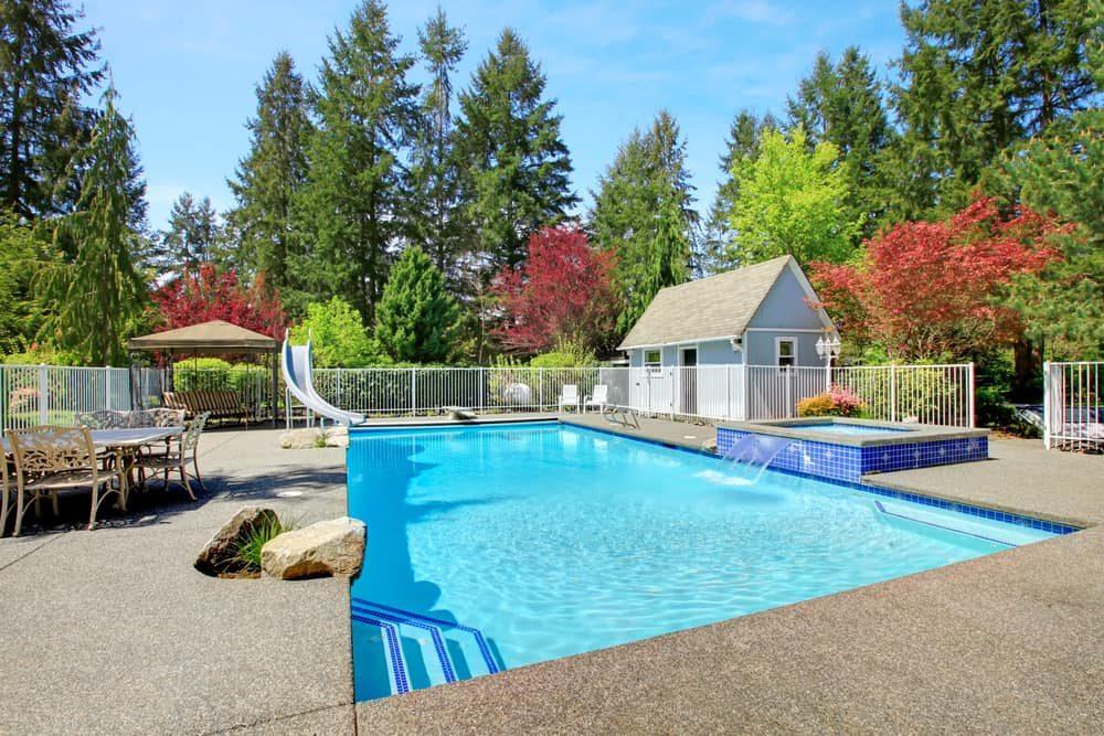 pool-shed-pool-house-ideas-2-9688774