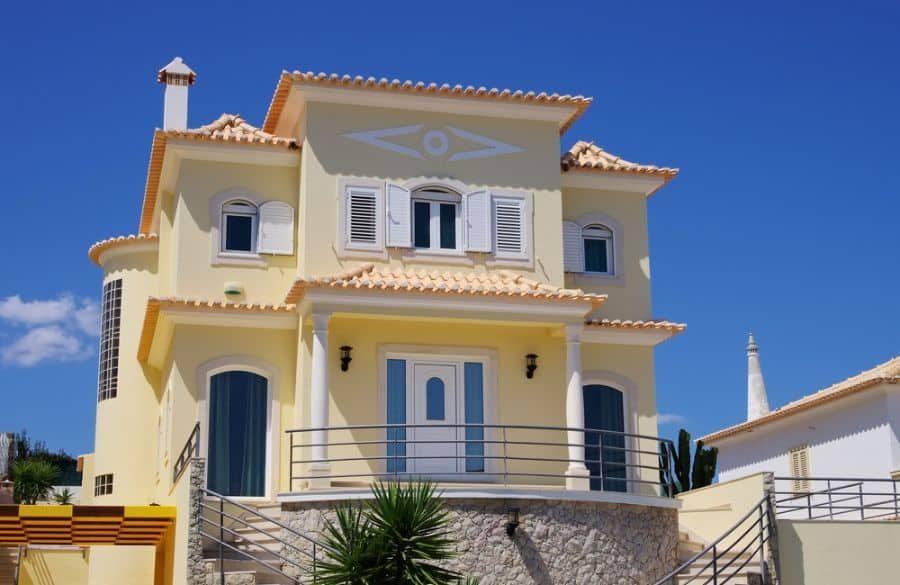 exterior-mediterranean-house-3-6692343