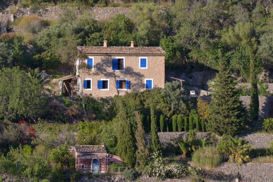 mediterranean-houses-3-9676239