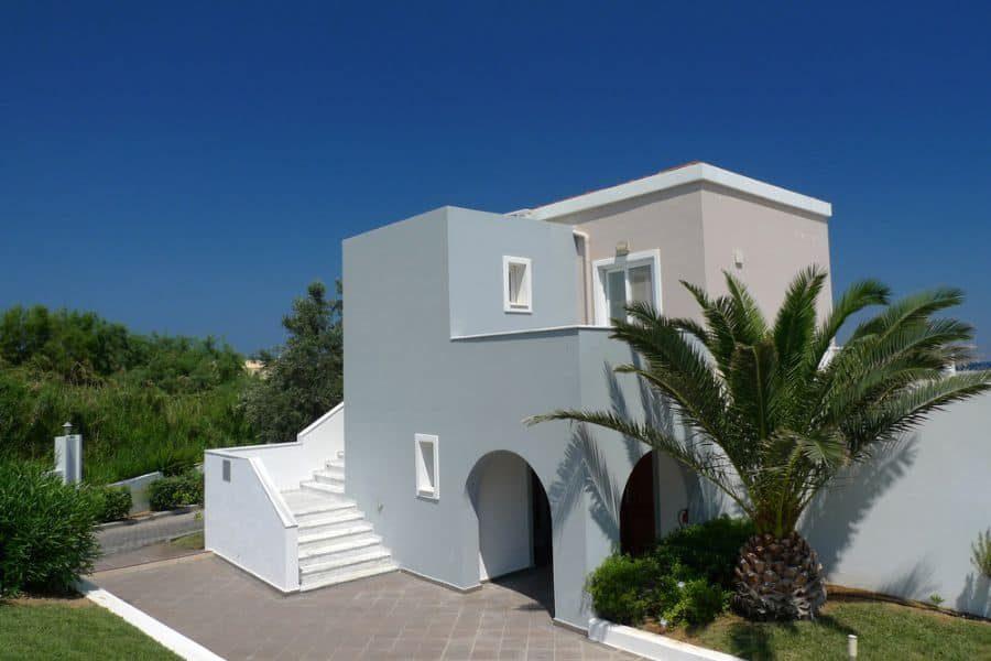 modern-mediterranean-style-house-1-9409741