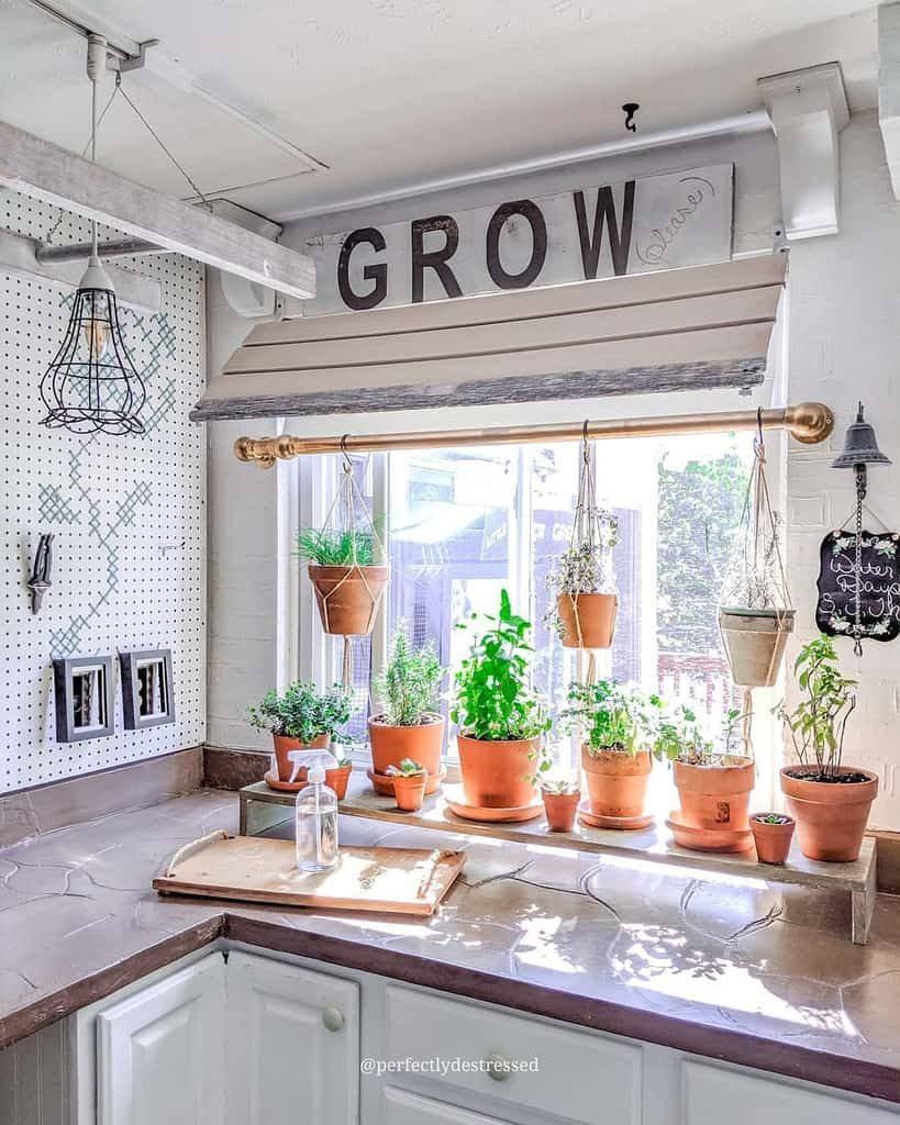 kitchen-indoor-herb-garden-ideas-perfectlydestressed-2468909