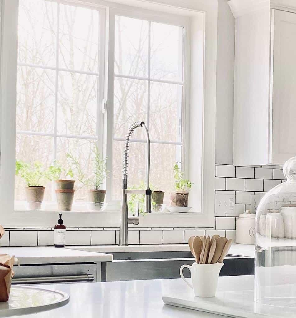 window-indoor-herb-garden-ideas-sunlitmountainhome-6872830