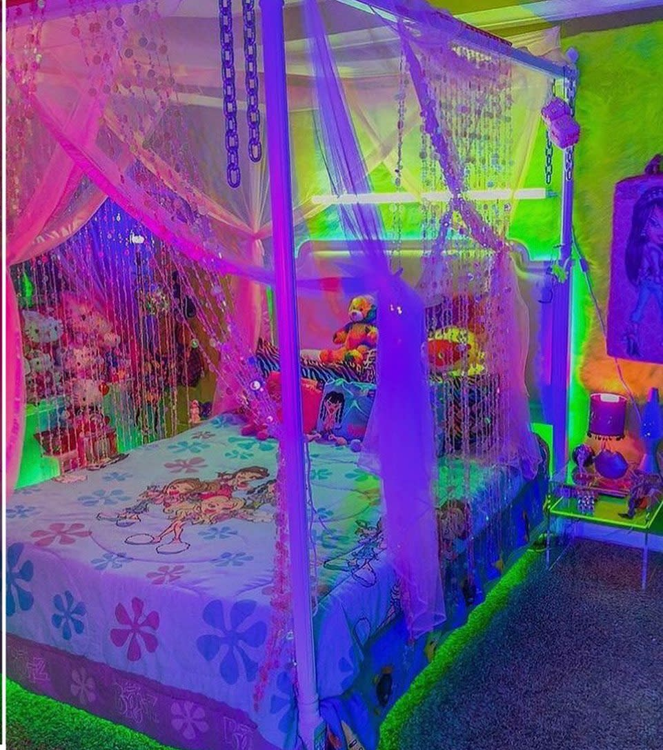 bedroom-aesthetic-room-ideas-wtf-aesthetic_