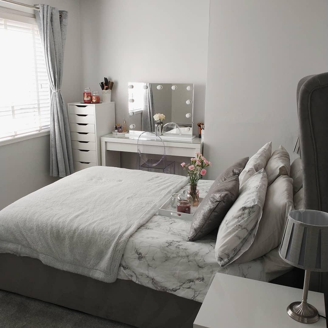 bedroom-room-small-room-ideas-lyndsays-home-at-21