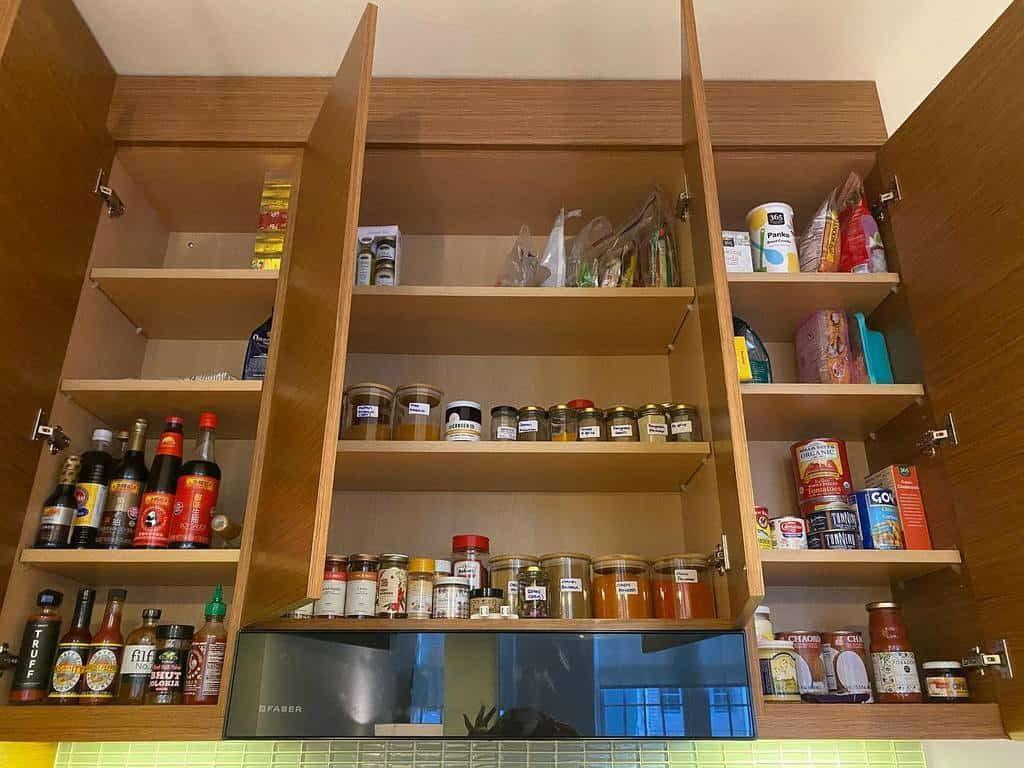 cabinet-spice-rack-ideas-andnomadicfoodie-2381005