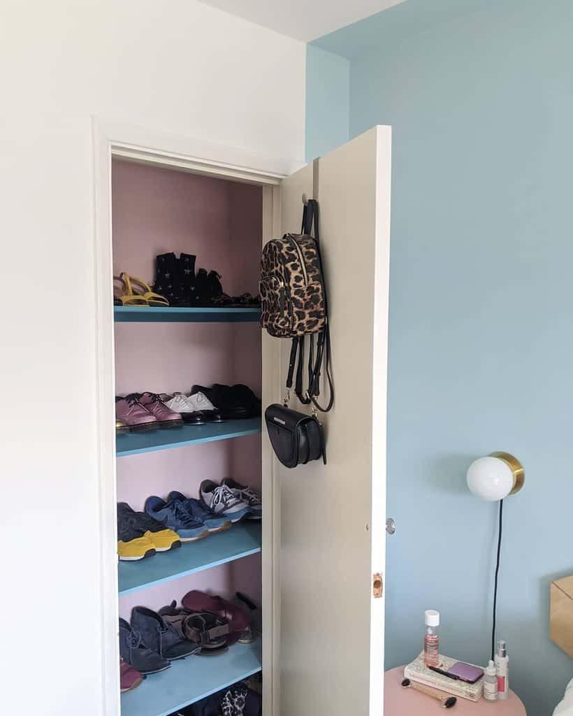 closet-shoe-storage-ideas-sharnshouse-6441023
