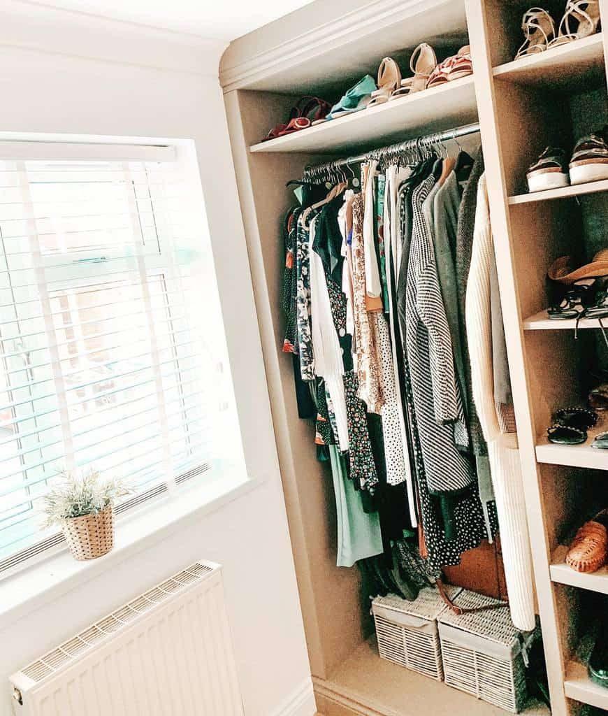 closet-shoe-storage-ideas-thetaylorsat22-2686801