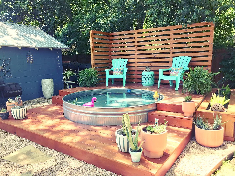 deck-stock-tank-pool-ideas-discoveringgtx