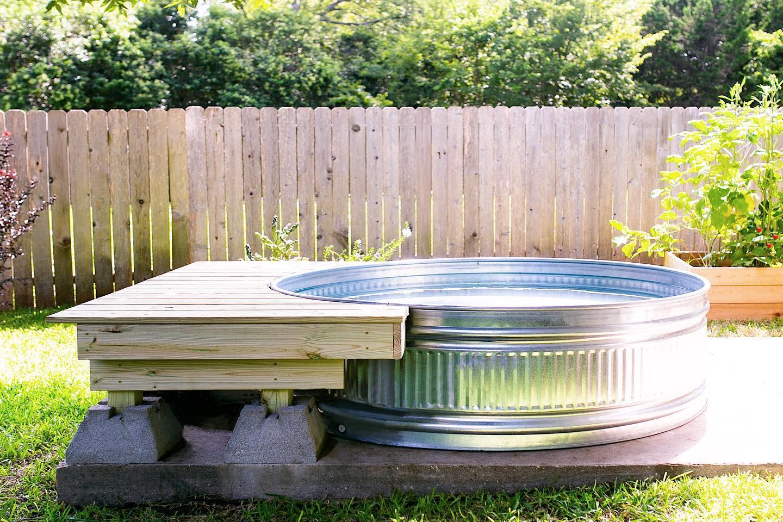 deck-stock-tank-pool-ideas-makergray