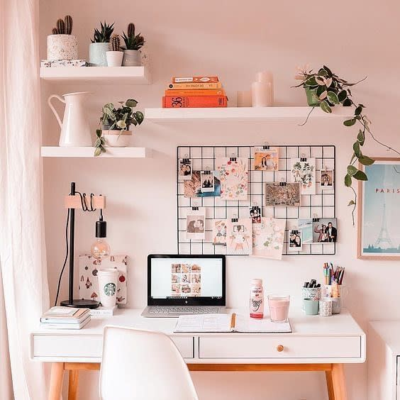 desk-aesthetic-room-ideas-_vsco_vibes0