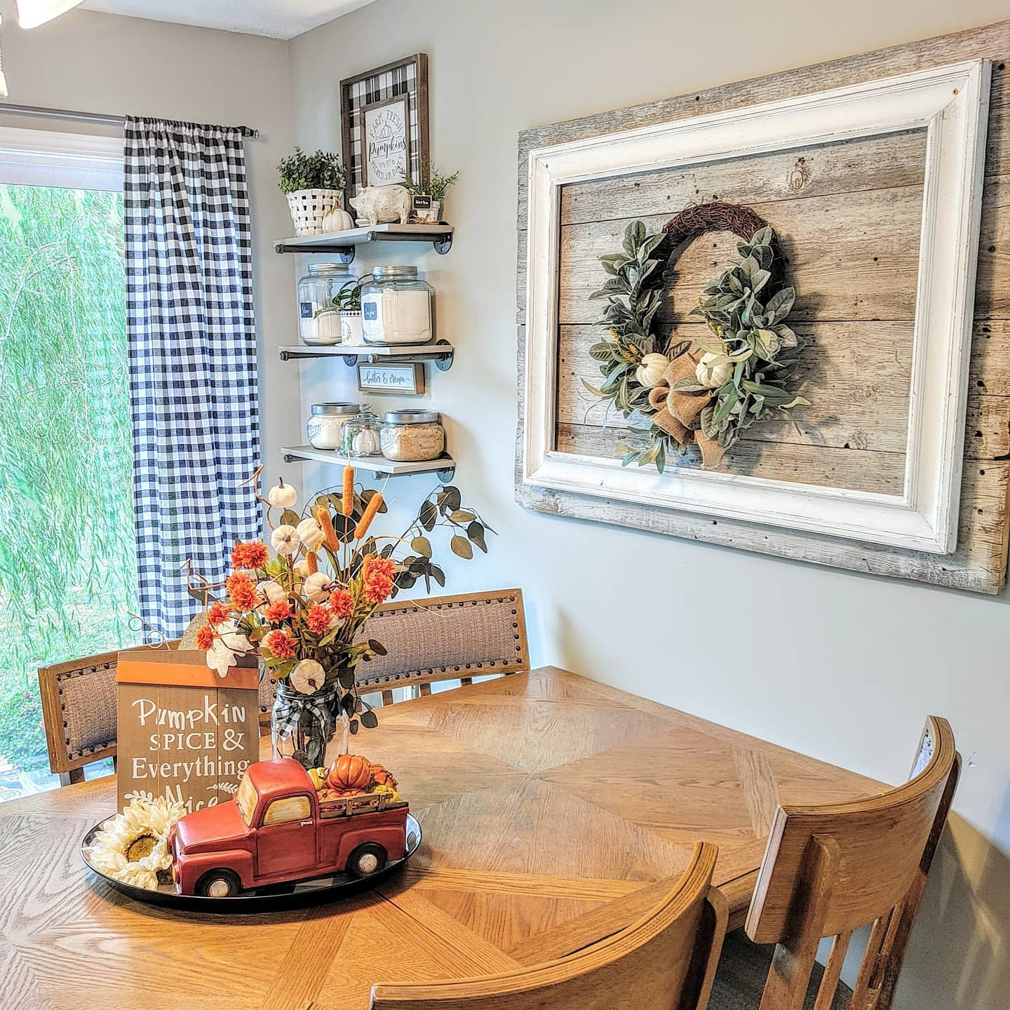 dining-area-fall-decorating-ideas-mylittleyellowhouse5