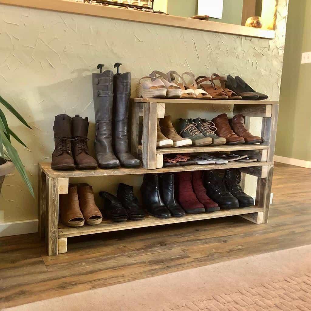 diy-shoe-storage-ideas-sheila_traveller_explorer-7574855