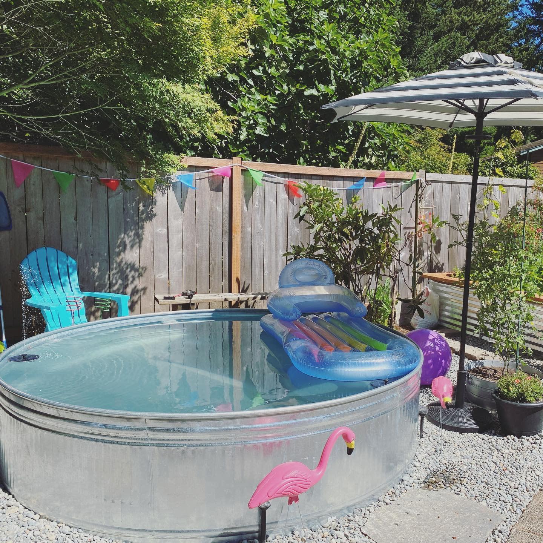 diy-stock-tank-pool-ideas-jennyonthespot