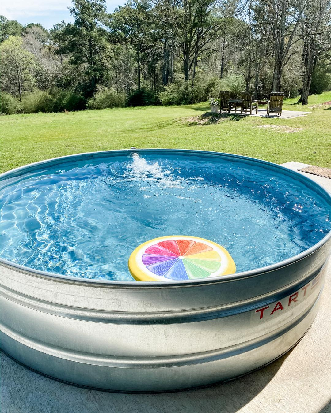 diy-stock-tank-pool-ideas-living_a_well_life