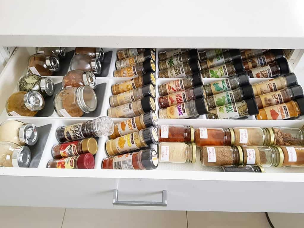 drawer-spice-rack-ideas-anne-wang2001-6202890