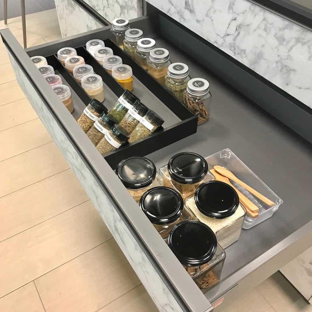 drawer-spice-rack-ideas-letstidywithnermeen-5060997