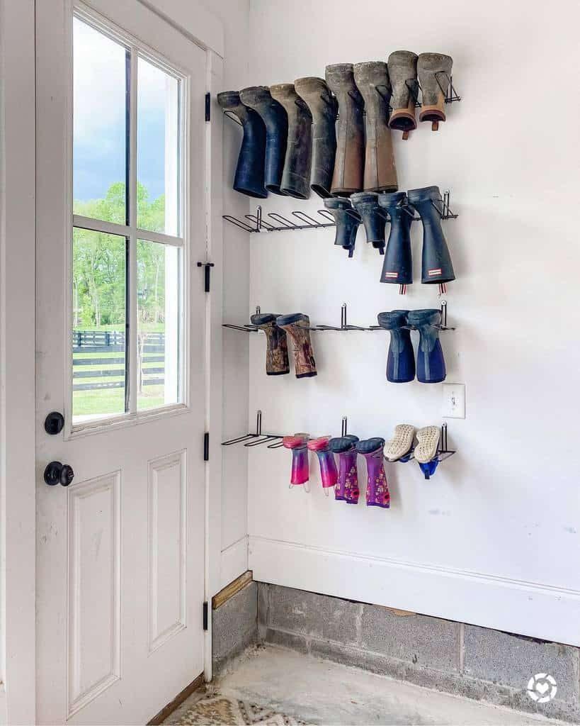 entryway-shoe-storage-ideas-typealifestylecompany-9421725