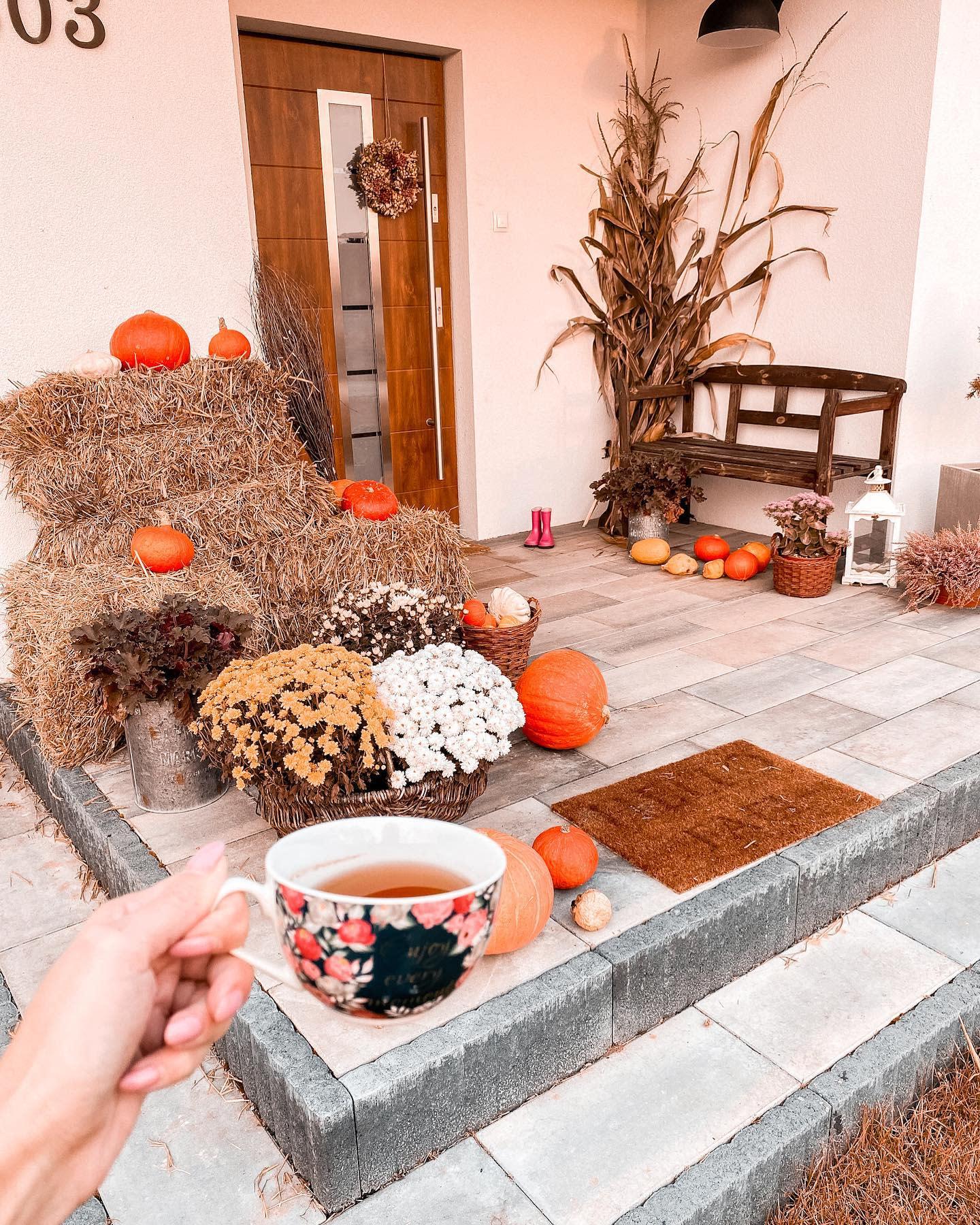 front-door-fall-decorating-ideas-_zyciemamy_