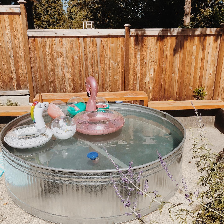 galvanized-stock-tank-pool-ideas-bethcampbellcreative