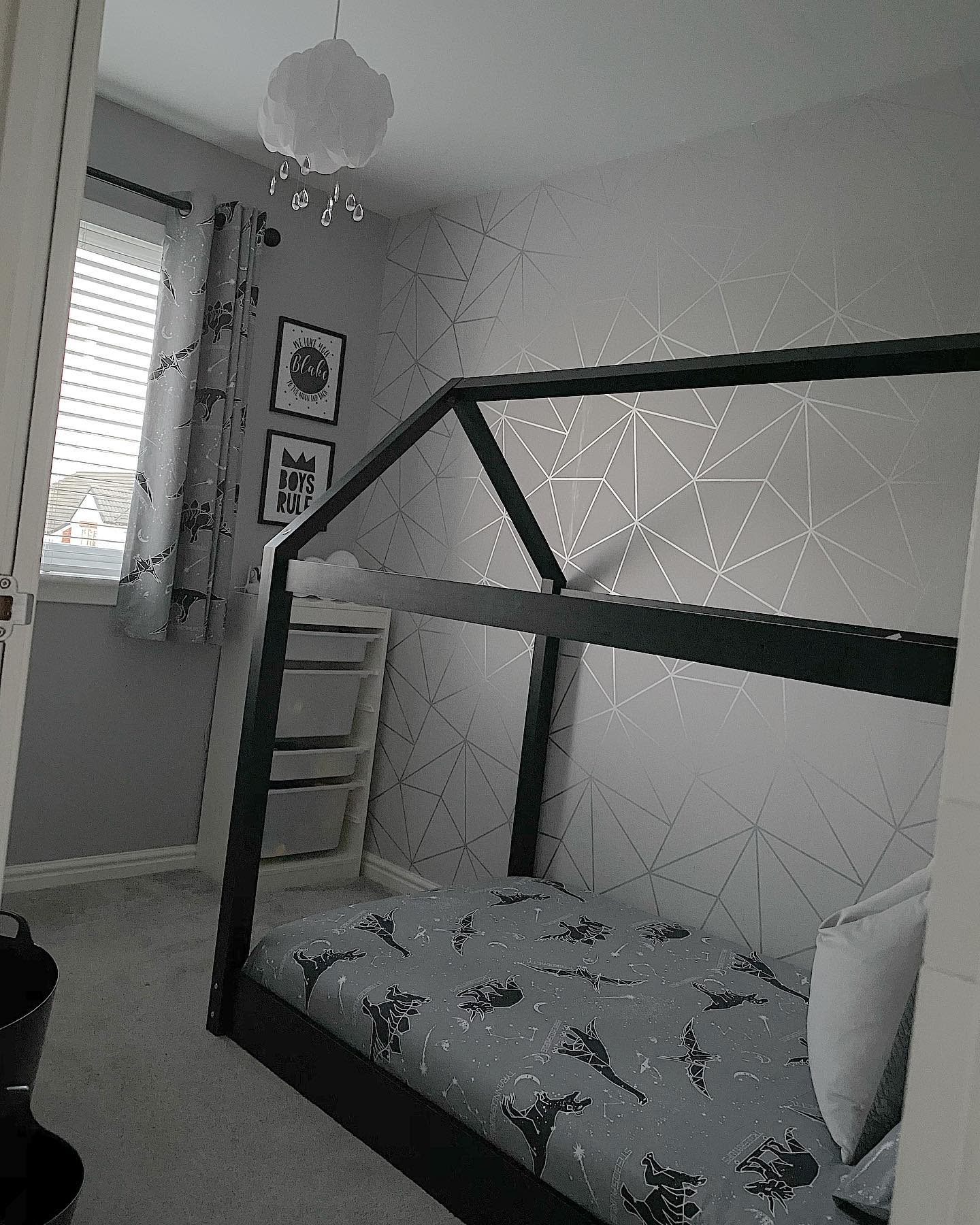 grey-small-room-ideas-our_little_brodick_