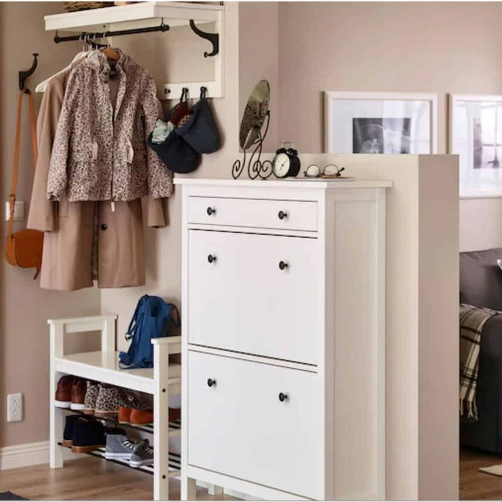 hallway-shoe-storage-ideas-findmynewhomes_-6599786