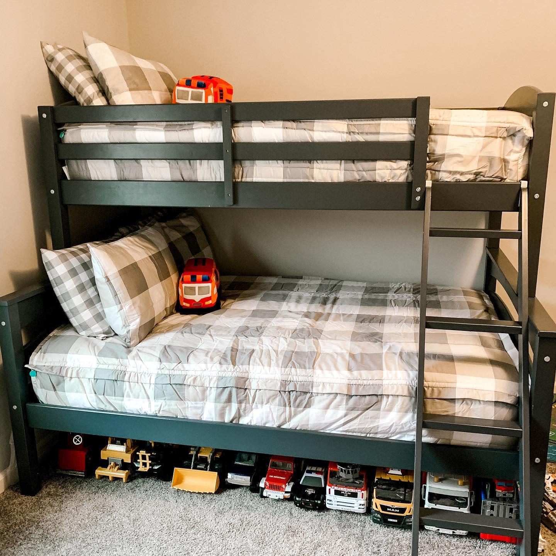 kids-room-small-room-ideas-ollybert