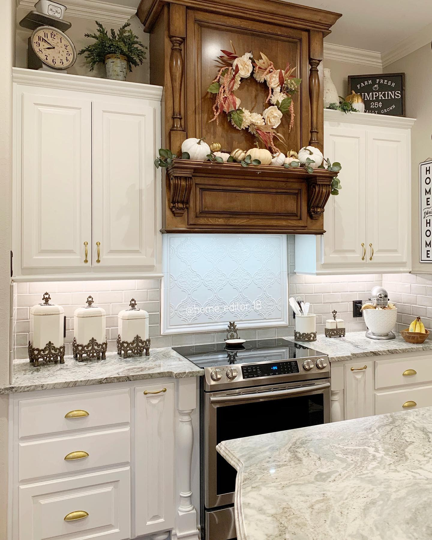 kitchen-fall-decorating-ideas-home_editor_18