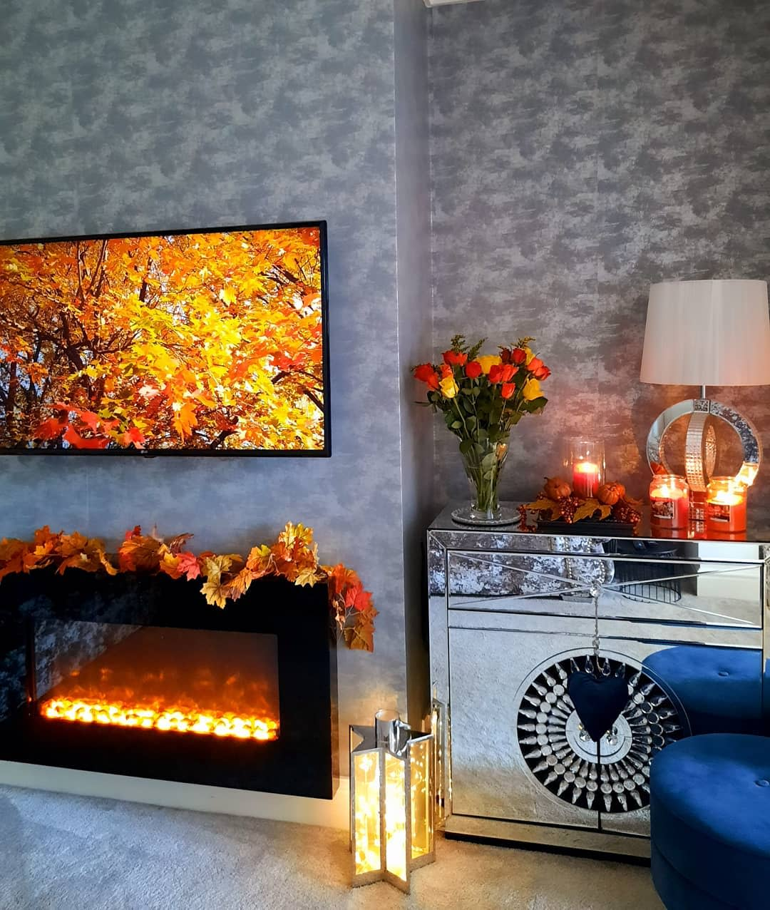 living-area-fall-decorating-ideas-franklynfields