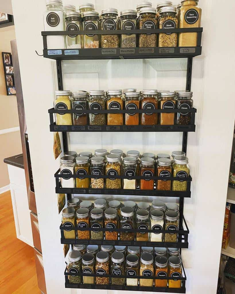 metal-spice-rack-ideas-diningwiththedolans-4708855