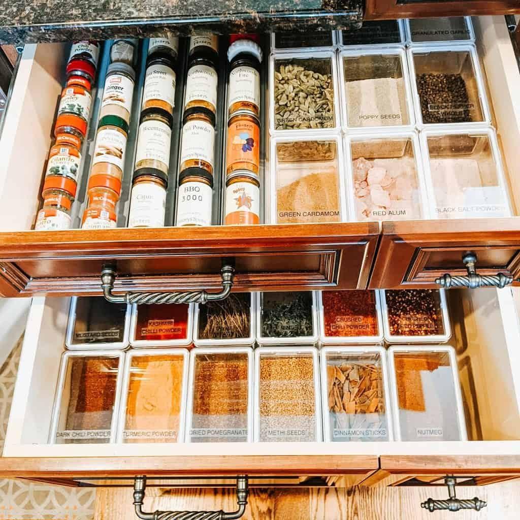 organizer-spice-rack-ideas-organizedbyjm-5961660
