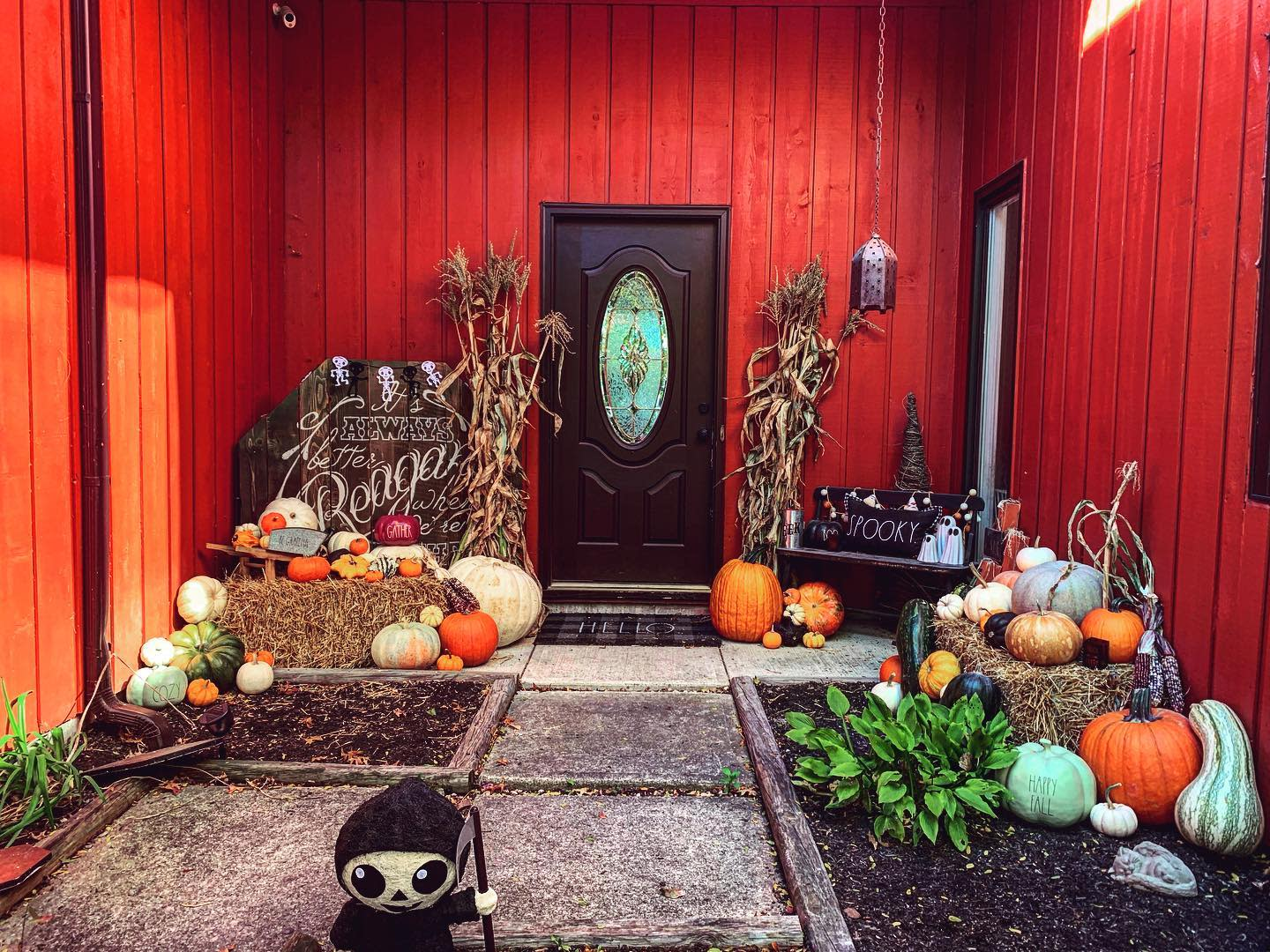 outside-fall-decorating-ideas-plant-craft-dunn