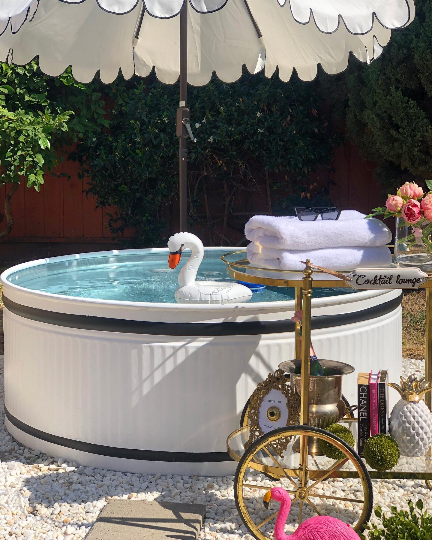 painted-stock-tank-pool-ideas-home-love-glam