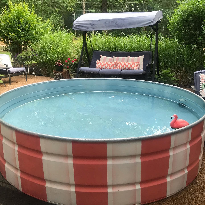 painted-stock-tank-pool-ideas-mistychess