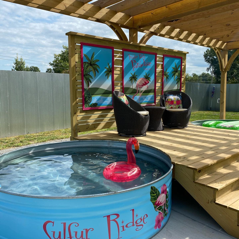 painted-stock-tank-pool-ideas-sulfurridge