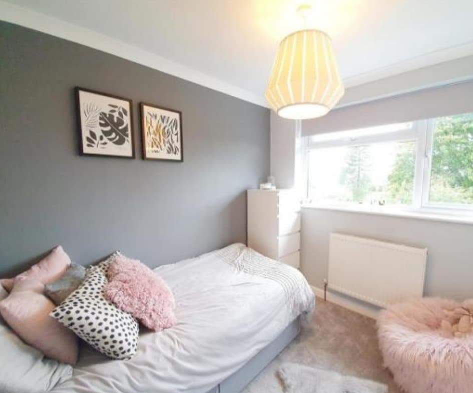 small-bed-small-room-ideas-my_1970s_home_makeover