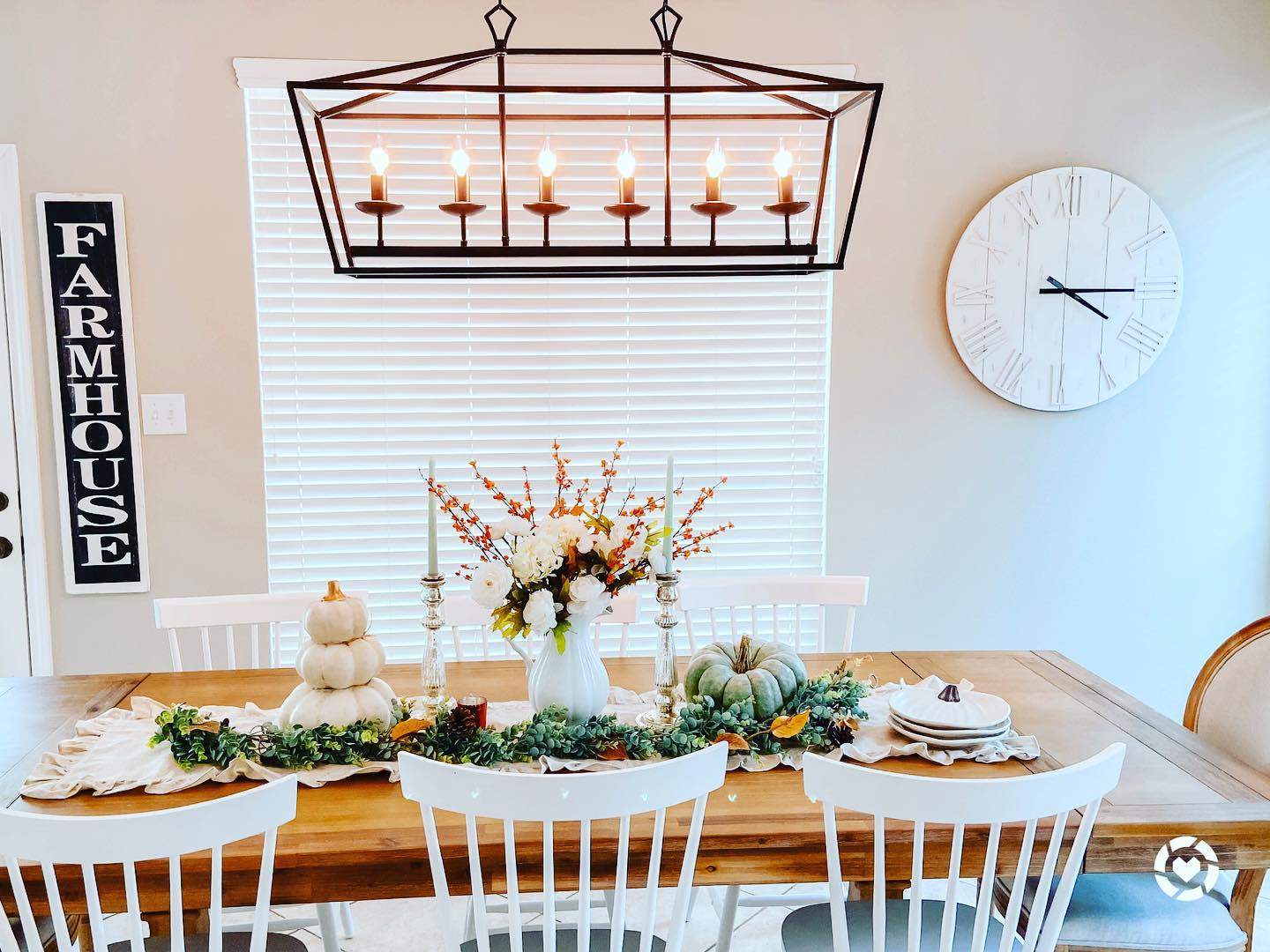 table-fall-decorating-ideas-thepinkpeonychateau
