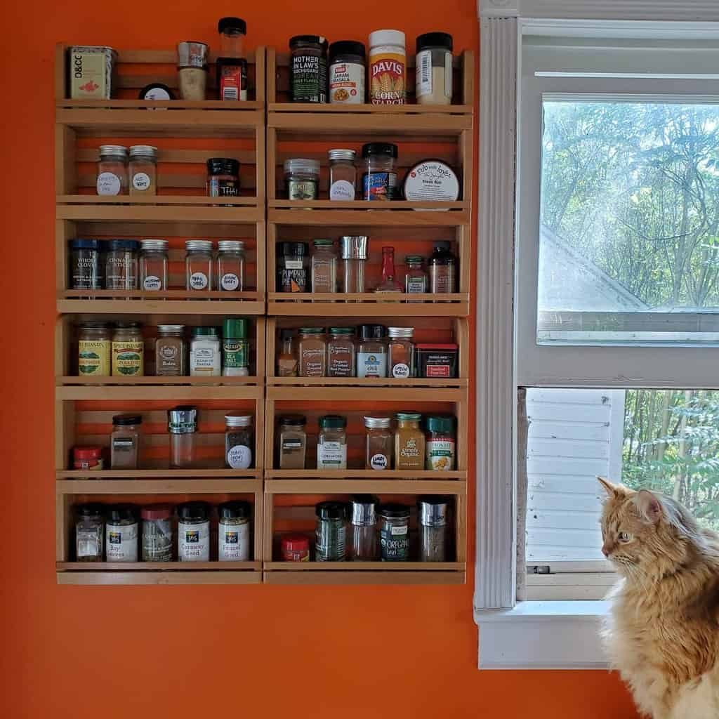 wall-spice-rack-ideas-chiefsuperdelay2-8094516