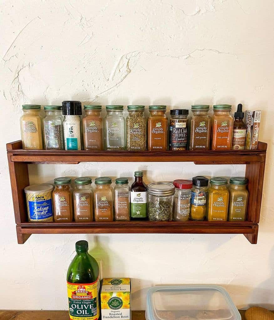 wall-spice-rack-ideas-leafandmake-1448846