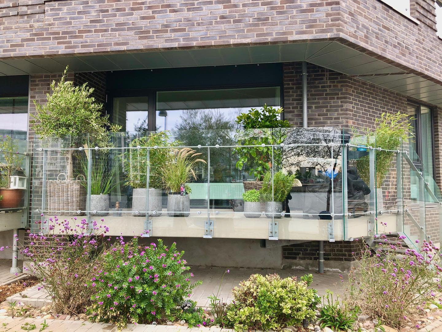 Glass Balcony Ideas -hangingoasis