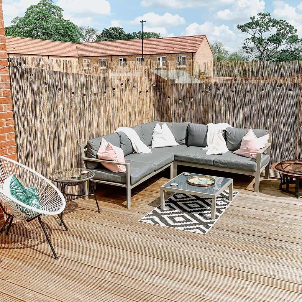 Bamboo Outdoor Privacy Screen Ideas -ourbeswickhome