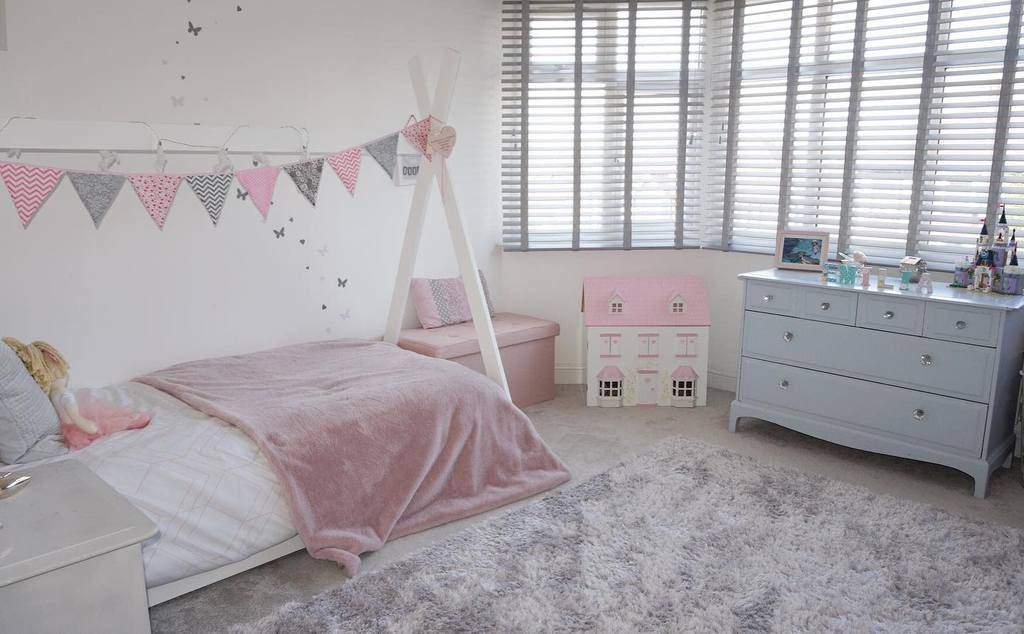 Bedroom Bay Window Ideas -budgethomedesign