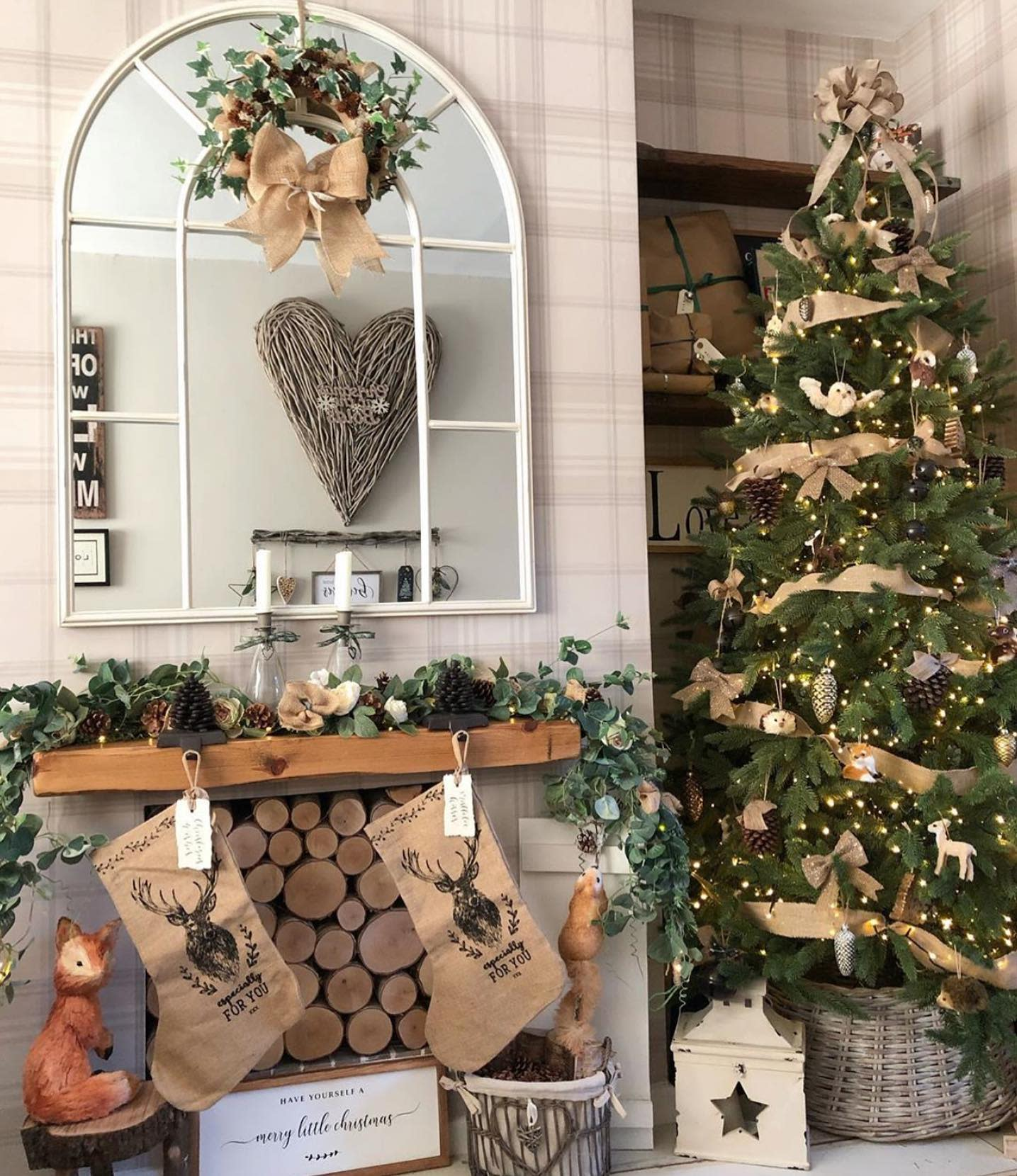Rustic Christmas Decorating Ideas -ourcosynest