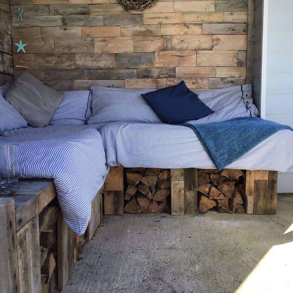 DIY Pallet Furniture Ideas -livelaughloveto50