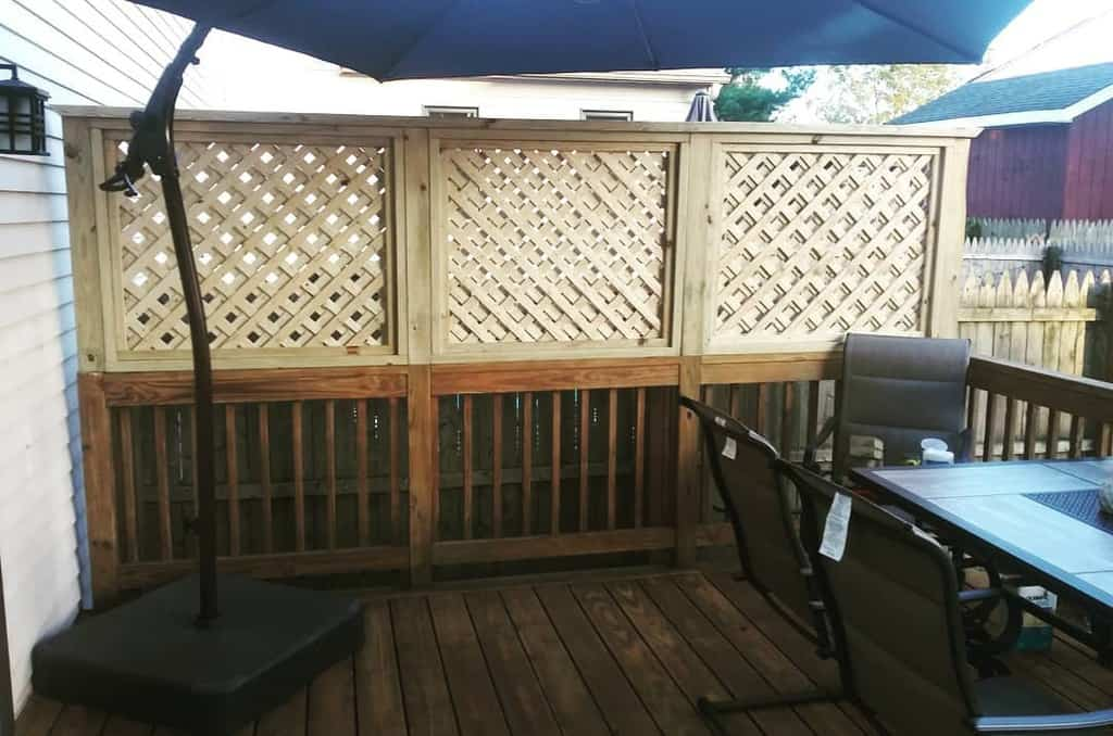 Deck Outdoor Privacy Screen Ideas -mgmcustomwoodwork